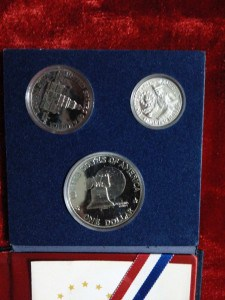 United States Bicentinnial Silver Set @ Coins & Stamps