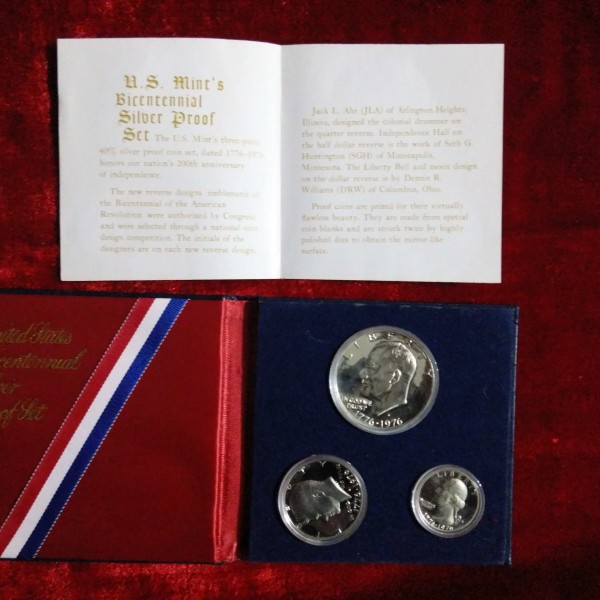 United States Bicentinnial Silver 1976 Proof Set @ Coins & Stamps