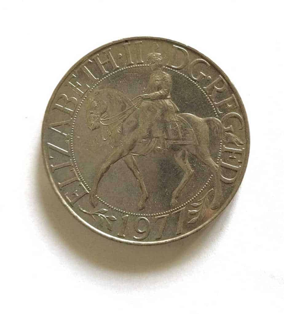 United Kingdom 25 Pence Crown 25th Anniversary of Accession of Queen Elizabeth @ Coins and Stamps