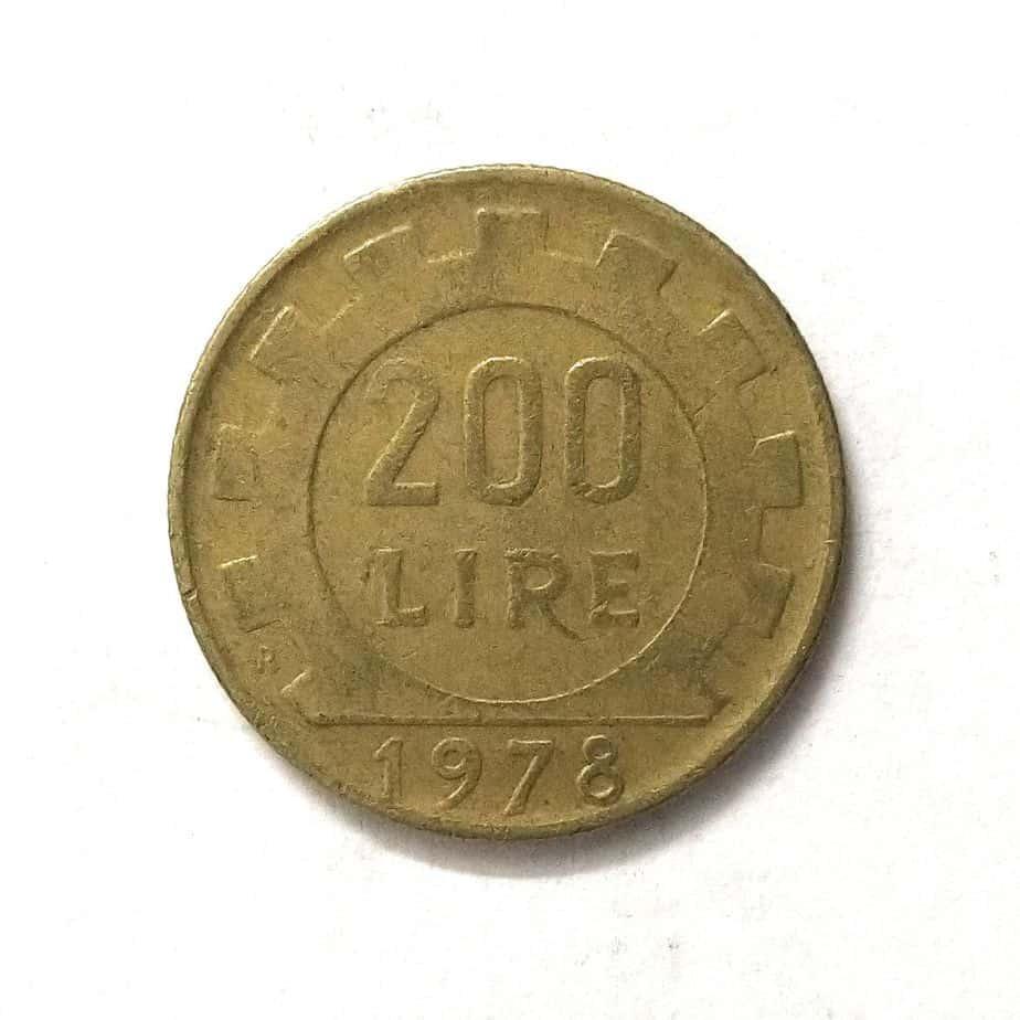 Italy 200 Lira Pre Euro Coin